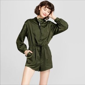 Hunter for Target Pants - Hunter For Target Green Silky Long Sleeve Romper